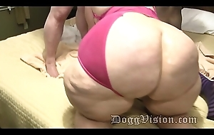 GILF Stepmom Helps Anal Son Approximately 2 Cumshots