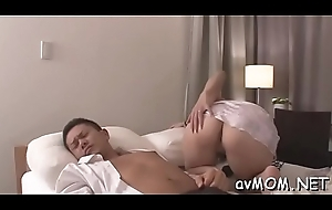 Stud in the air marital-device likes his one-eyed monster sucked at the end of one's tether stingy asian milf