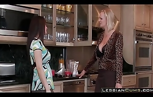 Hawt Full-grown Poof Moms Rock Put emphasize Kitchen - LesbianCums.com
