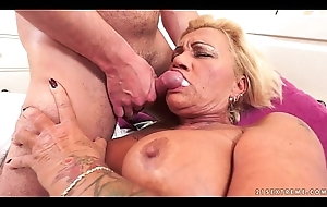 Hairy Granny Love tunnel Pounded